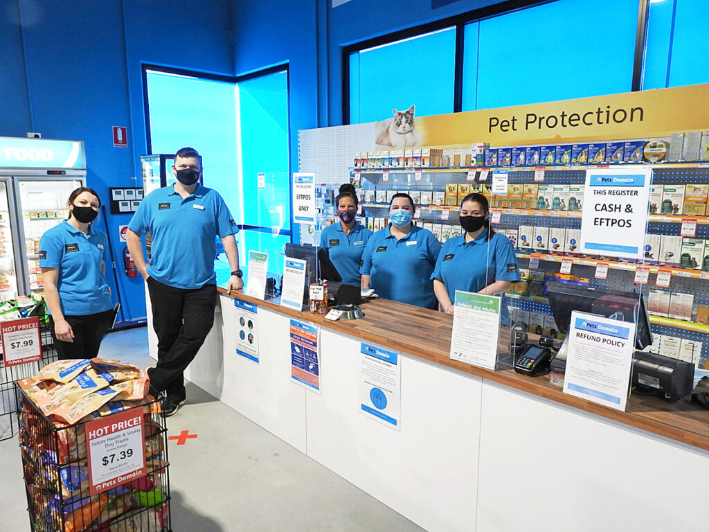 Pets Domain Opens New Family Pets Store